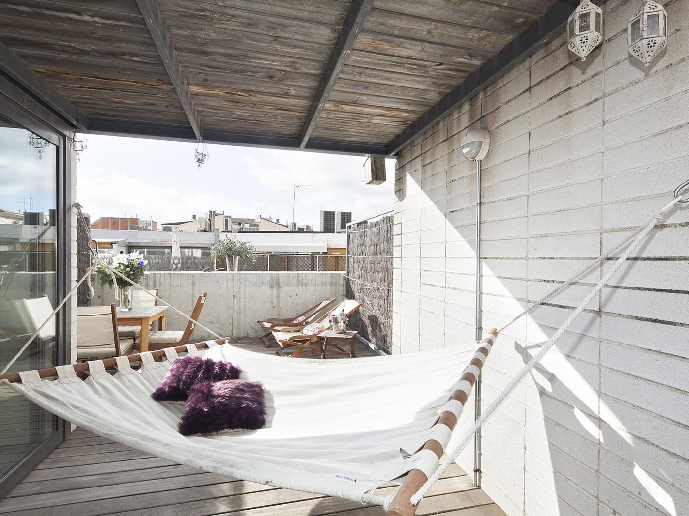 Attic with roof terrace II - My Space Barcelona Aпартаменты