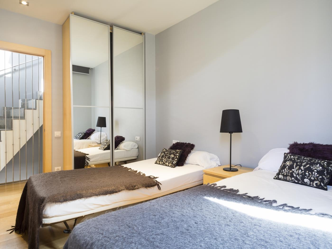 Private Terrace and Swimming Pool Apartment - My Space Barcelona Aпартаменты