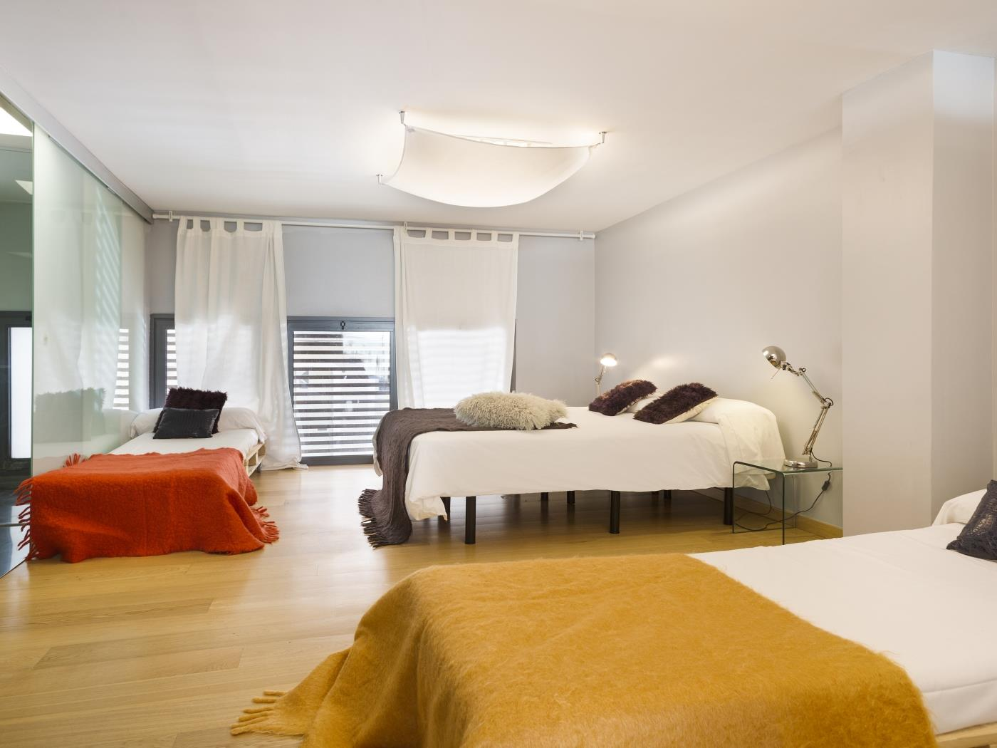 Terrace and pool apartment near the Barcelona centre - My Space Barcelona Aпартаменты